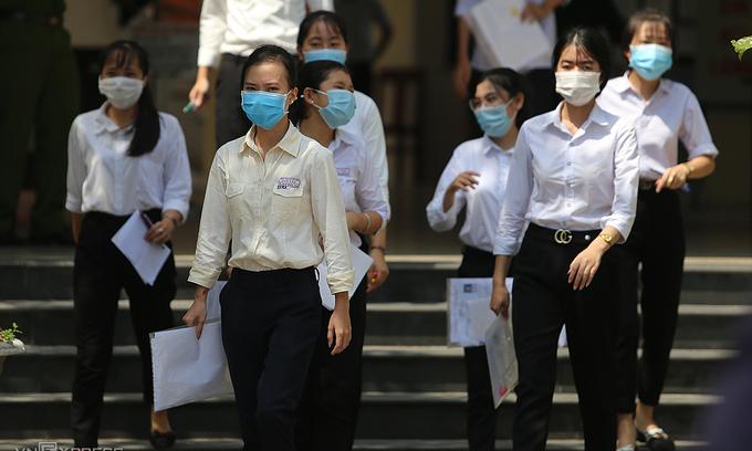 Da Nang, Quang Nam keep students home amid coronavirus threat