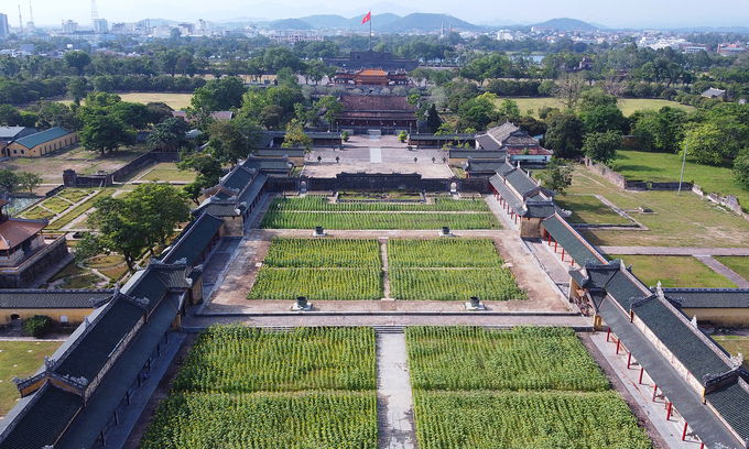 Hue reopens tourist destinations after nearly a month of closure