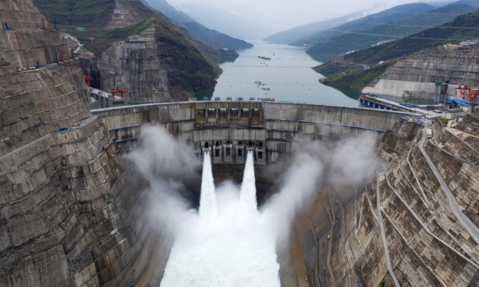 Mekong River group urges more data sharing on hydropower operations
