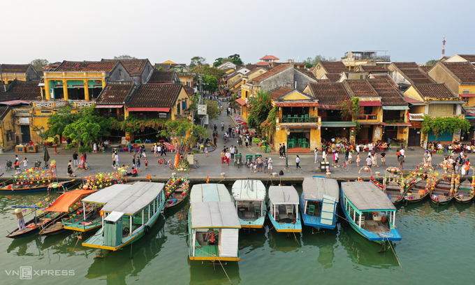 Five Vietnam localities to welcome foreign tourists in November