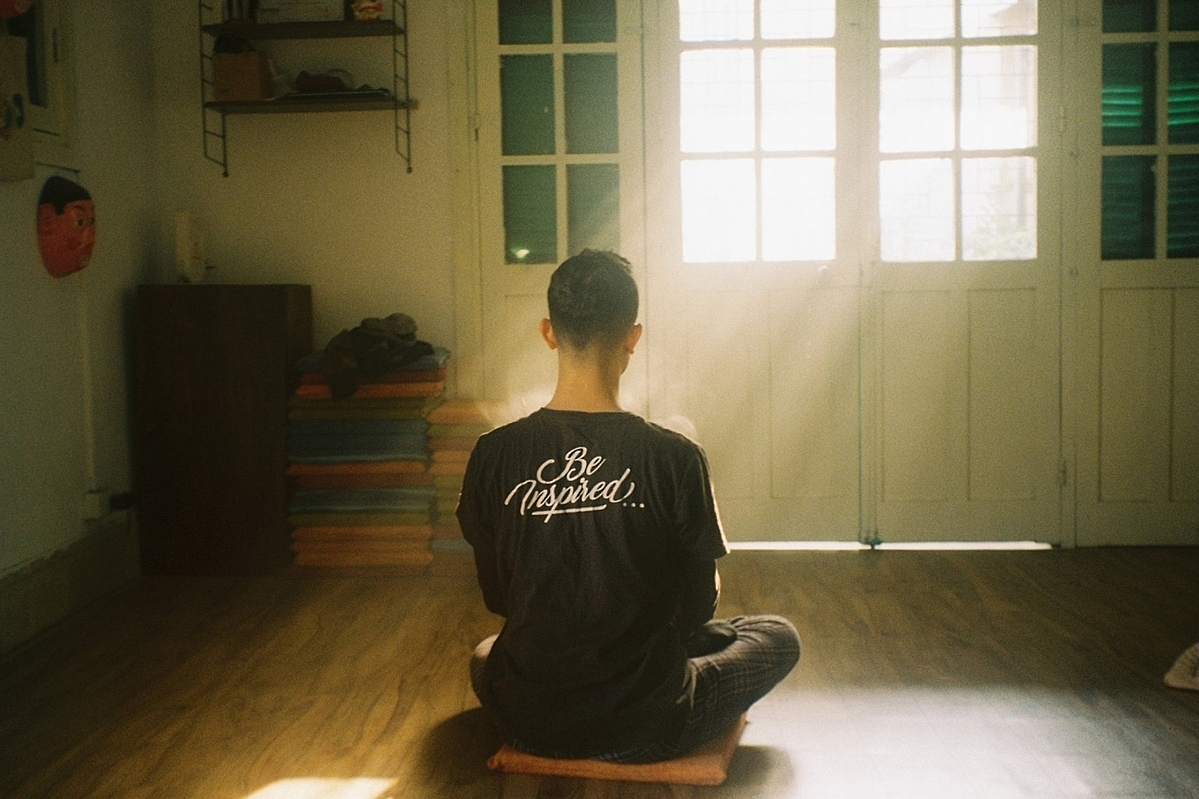 Young Vietnamese see meditation as stress buster